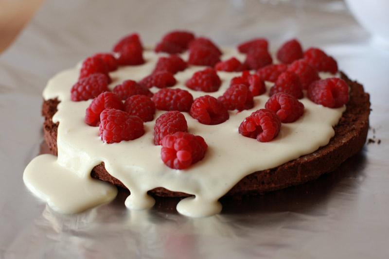 Killer Black & White Chocolate & Raspberry Cake