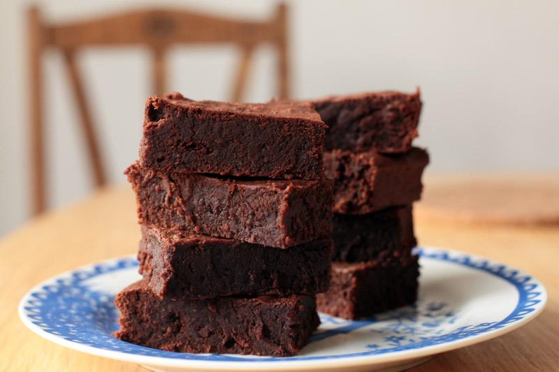 Maya Gold and Nutella chocolate brownies | Pasties & Piskies