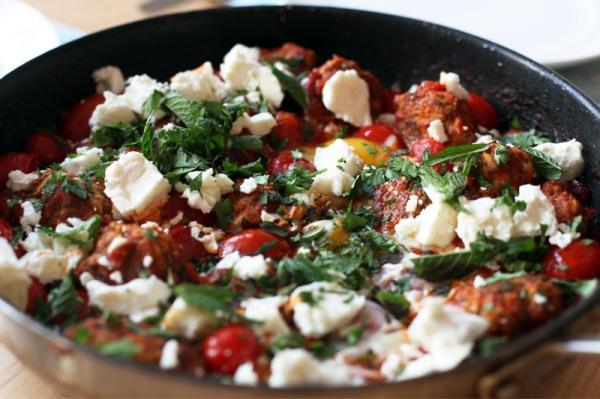 Chicken tomato eggs